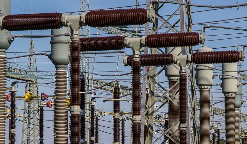 Strommast-Anlage